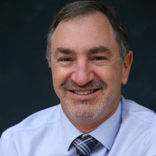 Dr. Alan Montrose is a Beaverton dentist who strives to give his patients the best dental care possible.